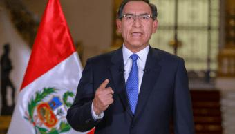 Crisis en Perú: Presidente Vizcarra podría disolver Congreso