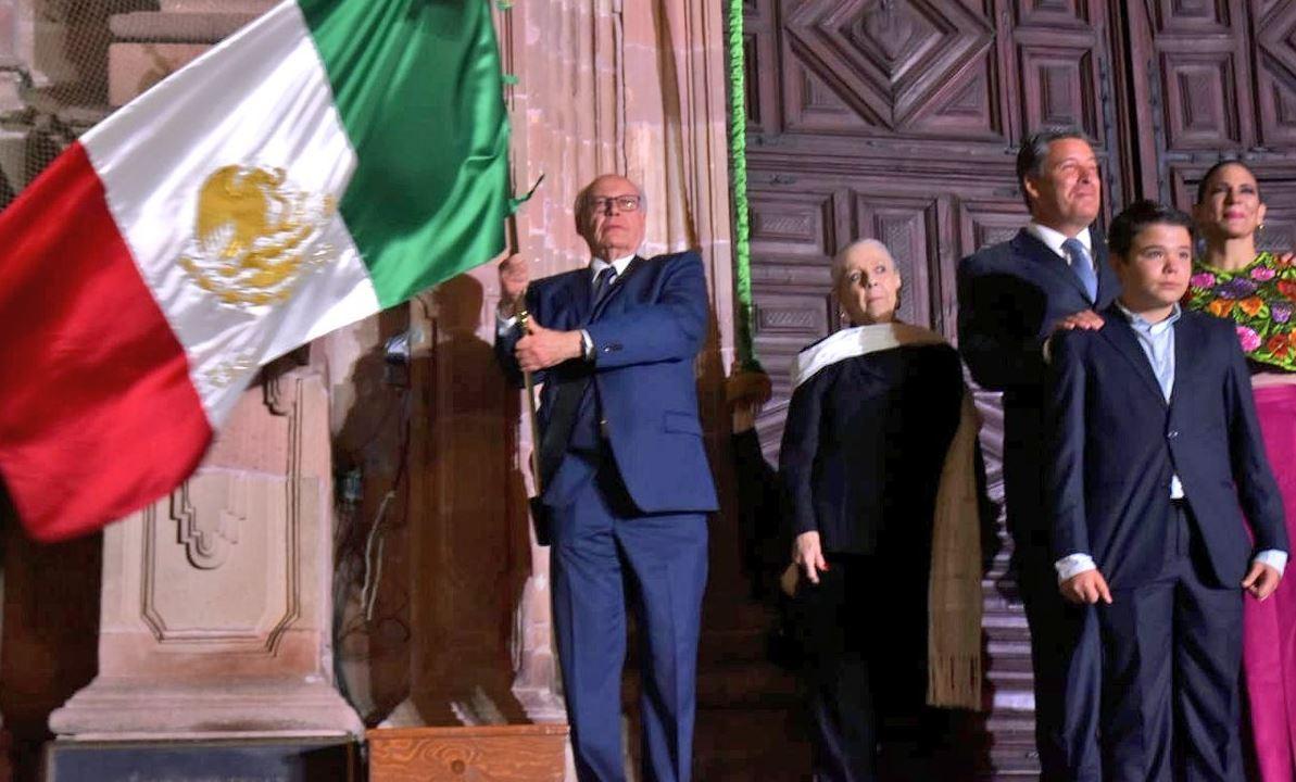 José Narro Robles celebra el Grito de Independencia en Guanajuato