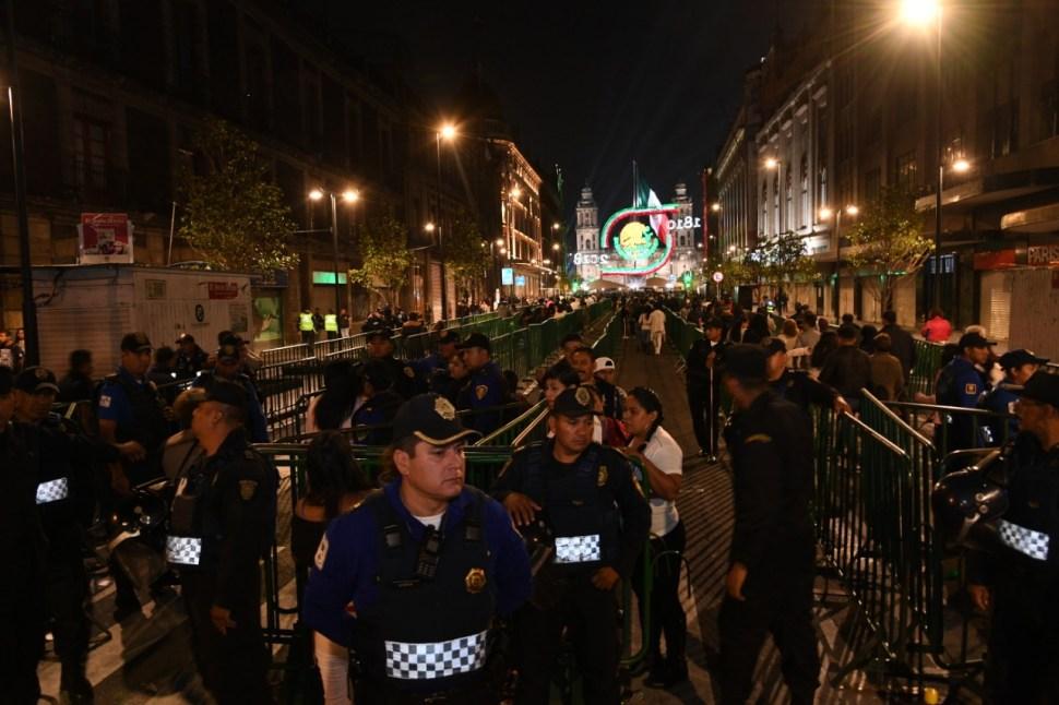 Grito de Independencia en Zócalo CDMX termina con saldo blanco