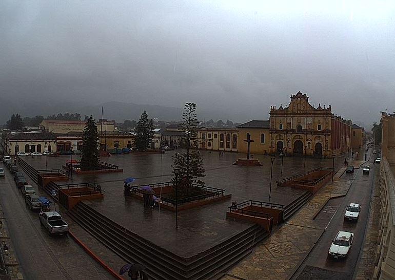 Lluvias dejan encharcamientos en Tuxtla Gutiérrez