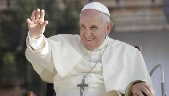 Papa recibe mensaje de Andrés Manuel López Obrador