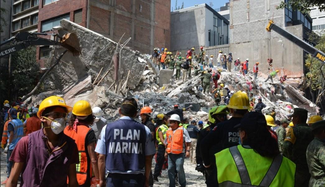 Peña Nieto relata cómo enfrentaron sismos y huracanes