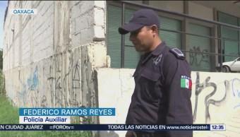 Policía salva de morir a bebé abandonada en el río Atoyac