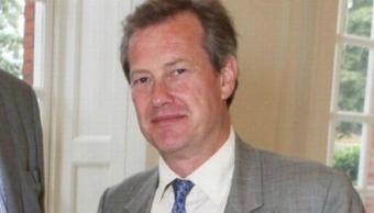 retrato-lord-ivar-mountbatten-primera-boda-gay-familia-real-britanica