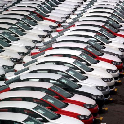 Producción de autos en México crece, exportación se dispara: AMIA