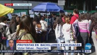 Protestan padres de familia en Bachilleres 4 Culhuacán