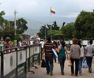 Tres millones de venezolanos han cruzado la frontera con Colombia