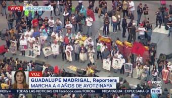 Realizan Mitin Zócalo Normalistas Desaparecidos Ayotzinapa