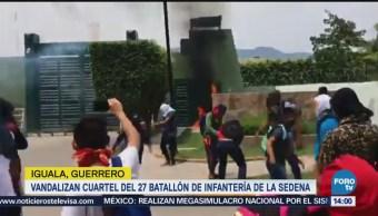 Reportan protestas y actos vandálicos en Iguala