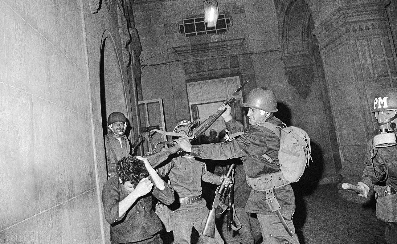 Resultado de imagen para matanza de tlatelolco