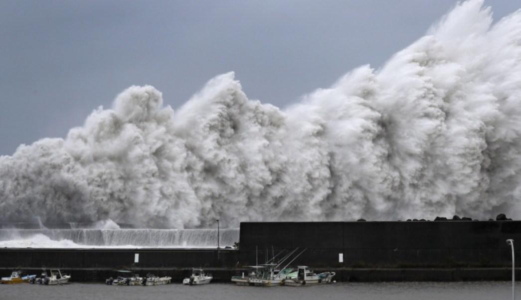 Súper tifón Jebi, el más potente en los últimos 25 años, azota a Japón
