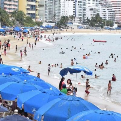 Restringen actividades náuticas por mar de fondo en Acapulco