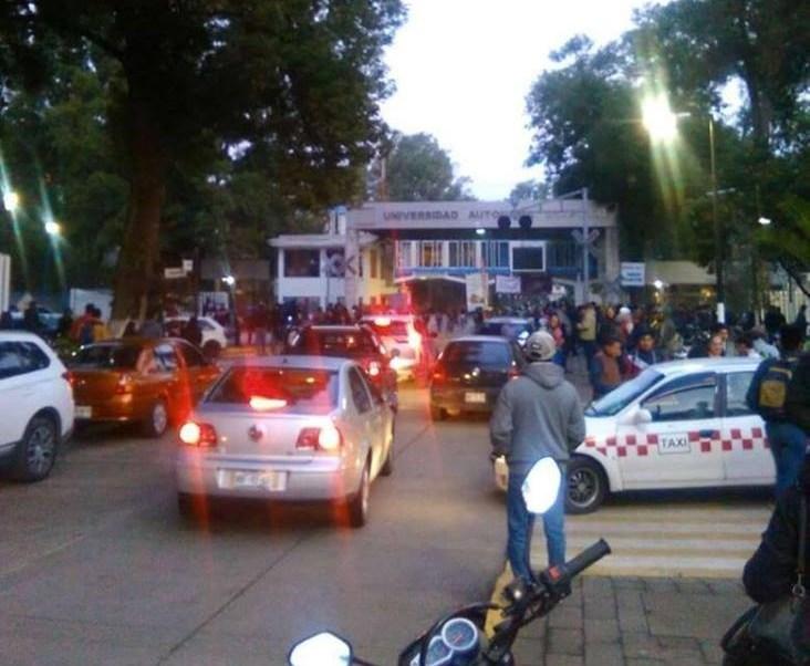 Estudiantes toman instalaciones de Universidad de Chapingo