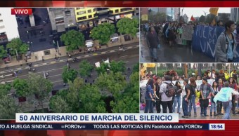 Vanguardia de la marcha estudiantil llega al Eje Central
