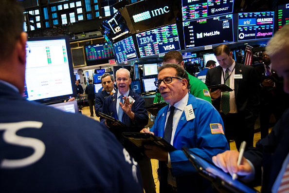 Wall Street cierra la semana con ganancias