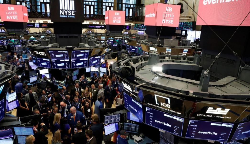 Wall Street sube ante repunte de industriales y Dow Jones