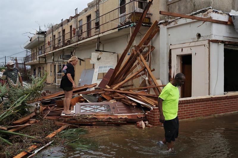 huracan michael se debilita tormenta tropical en georgia