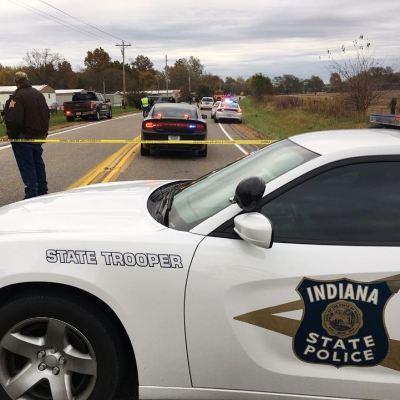Conductora atropella y mata a tres hermanos que subirían al autobús escolar