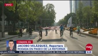 Activistas marchan en Reforma contra el aeropuerto en Texcoco