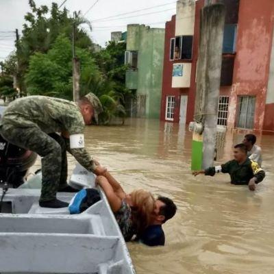 Mueren tres personas por lluvias en Veracruz; 52 municipios resultan afectados