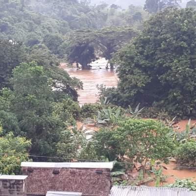 Suman 12 muertos por lluvias en Oaxaca; desbordan tres ríos