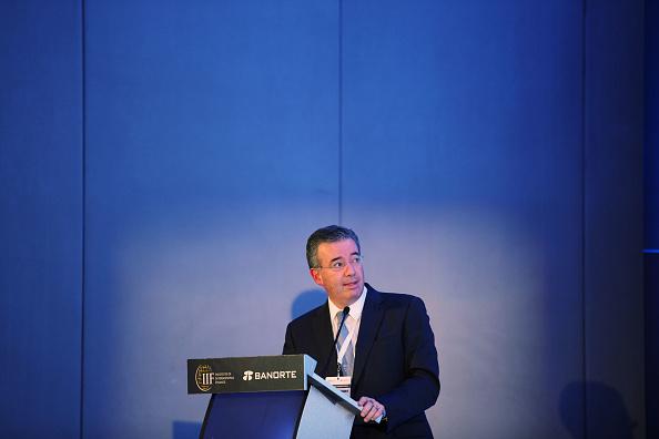 Alejandro Díaz de León habla durante el Foro Económico Internacional IIF México en pasado 12 de septiembre (GettyImages/Archivo)