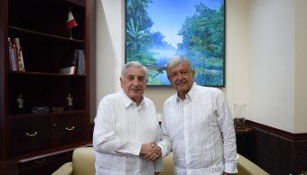AMLO dice que México dejará de vender petróleo al extranjero