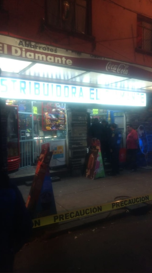 Balacera en tienda de abarrotes deja dos muertos en calzada Legaria