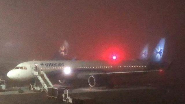 Banco de niebla afecta aeropuerto de la CDMX