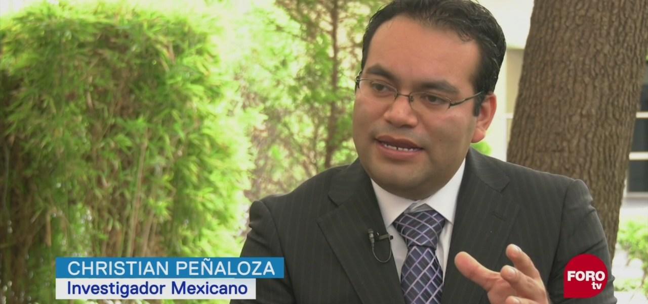 Brazo Robótico Controla Con La Mente Científico Mexicano Christian Peñaloza