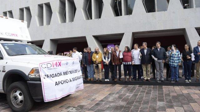 CDMX pone en marcha puente humanitario para la caravana migrante