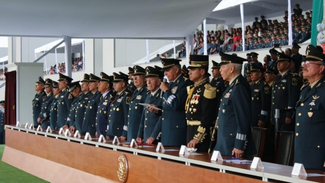 Cienfuegos reconoce a Luis Echeverría Álvarez