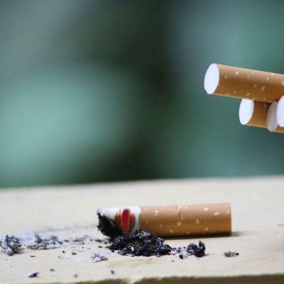 Tras fumar, el cuerpo exhala humo por 6 horas: IMSS