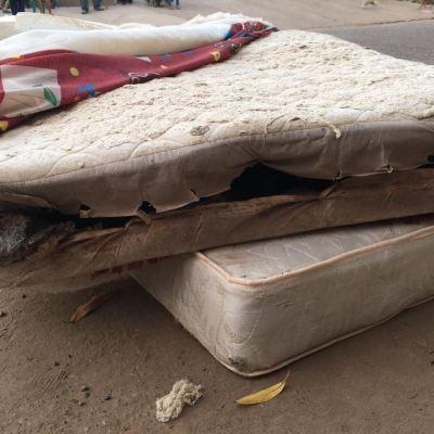 Arrestan a presunto implicado en entrega de colchones podridos en Culiacán, Sinaloa