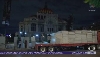 Colocan protecciones en edificios de Av. Juárez y 5 de Mayo