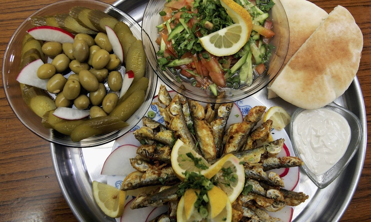 Dieta mediterránea podría prevenir depresión estudio