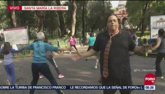 'El Reporñero' participa en clase de zumba