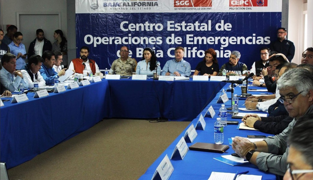Emiten alerta en Puerto San Felipe por huracán 'Rosa'