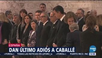 Familiares y amigos dan último adiós a Montserrat Caballé