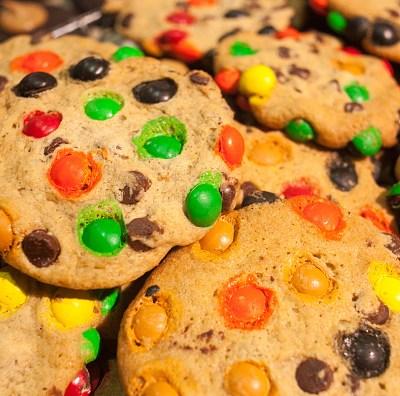 Comer galletas podría ser más saludable que comer fruta para ciertas personas: estudio