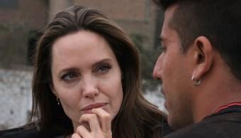 Angelina Jolie se reúne con refugiados venezolanos en Perú