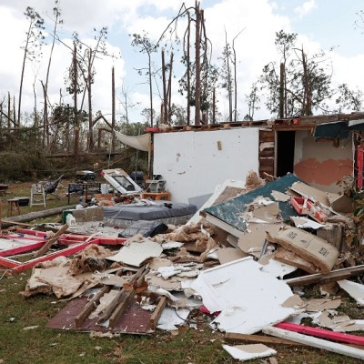 Reportan mil 300 desaparecidos por huracán 'Michael' en Estados Unidos