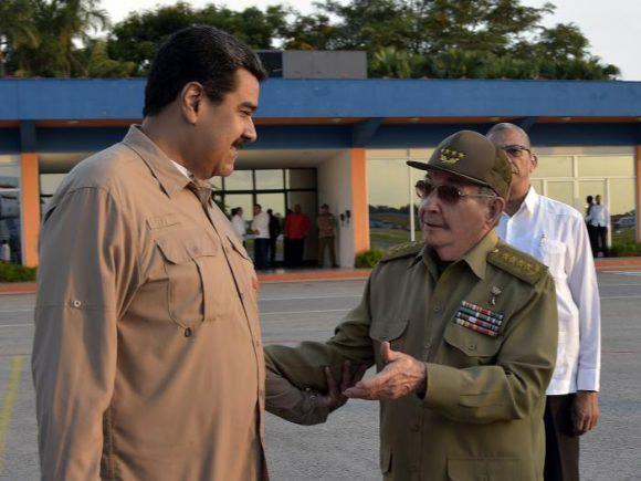 Nicolás Maduro parte de La Habana tras breve visita sorpresa