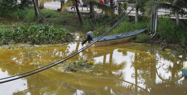 Fuga de combustible en Veracruz; desalojan a 250 familias