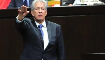 Ruiz Esparza y Jiménez Espriú se confrontan por la consulta del nuevo aeropuerto