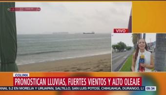Lluvias, vientos y alto oleaje por huracán Willa en Colima