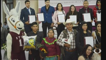 Lo Lograste Historia Foto Joven Durango Graduada