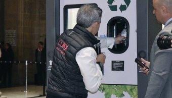 Maquinas-Recicladoras-Transporte-Publico-BioBox-PET
