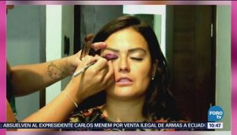 Mariana Echeverría presenta tips de maquillaje