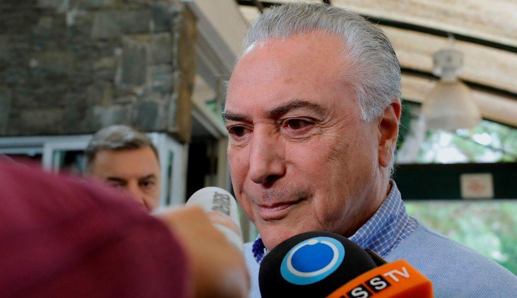 Presidente de Brasil y candidatos presidenciales votan